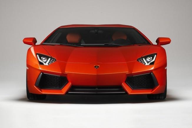 Lamborghini LP 700-4