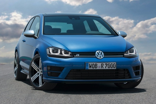 Volkswagen Golf R 3P