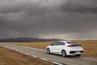 Fotos Hyundai Ioniq Hybrid - Foto 4