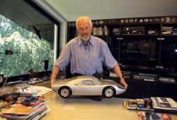 Murió Ferdinand Porsche, el creador del 911