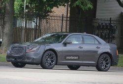 El Chrysler 300 prepara un restyling ¿Llegará al Lancia Thema?