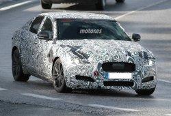 ¿Veremos un Jaguar XF híbrido?