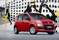 Italia - Marzo 2015: El Fiat Panda sube el ritmo