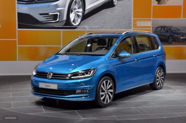 Volkswagen touran 2015 se anuncian sus precios de venta for Precio salon completo