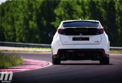 Prueba Honda Civic Type R en el Circuito SlovakiaRing