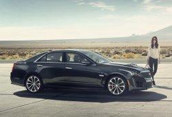 Cadillac retrasa su tecnología de conducción semiautónoma