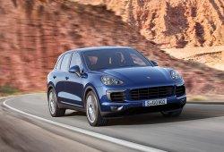 Casi un millón de unidades de los Volkswagen Passat, Volkswagen Touareg y Porsche Cayenne serán llamadas a revisión