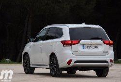 ¿Cómo cargar el Mitsubishi Outlander PHEV?