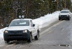 Volkswagen Amarok 2017, en pruebas con cabina simple y doble
