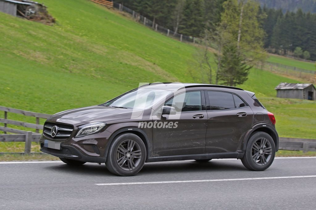 2018 - [Mercedes-Benz] GLB Mercedes-benz-glb-2018-chasis-test-201627905_3