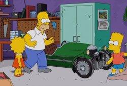Homer Simpson vende su Morgan 3 Wheeler a Jay Leno en el episodio de esta semana