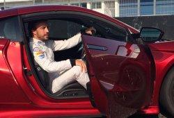 Fernando Alonso, al volante del Honda NSX en Estoril