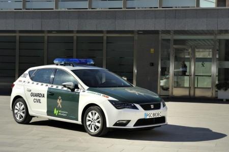La Guardia Civil apuesta por el gas natural e incorpora a su flota un Seat León TGI
