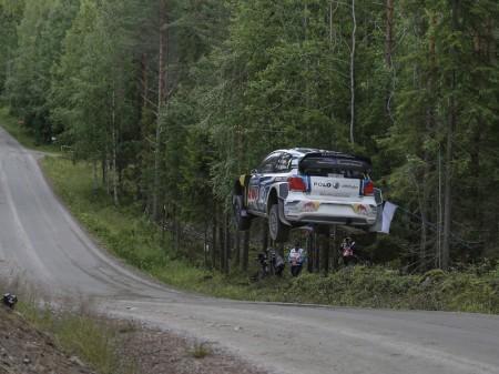 Volkswagen debe despegar en el Rally de Finlandia
