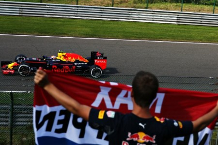 Max Verstappen lidera la ofensiva estratégica de Red Bull