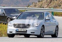 Los nuevos Mercedes Clase S y Mercedes-AMG S 63 2017 salen a pasear de la mano