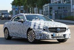 El Mercedes Clase E Cabrio 2017 pierde camuflaje y se revelan nuevos detalles