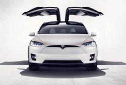 Tesla desactiva las medidas de seguridad de las puertas Falcon del Model X