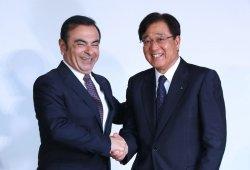 Carlos Ghosn toma el control de Mitsubishi