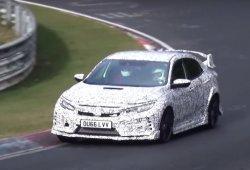 El Honda Civic Type-R 2017 ya va a por el récord de Nürburgring en vídeo