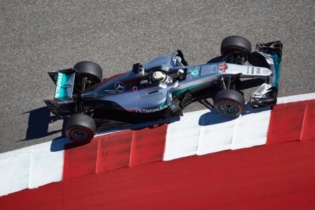 Hamilton rompe la racha de poles de Rosberg en Austin