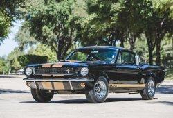 A la venta el Mustang Shelby GT350H de uso personal de Carroll Shelby
