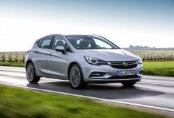 Europa - Octubre 2016: Opel Astra y Volkswagen Tiguan impresionan
