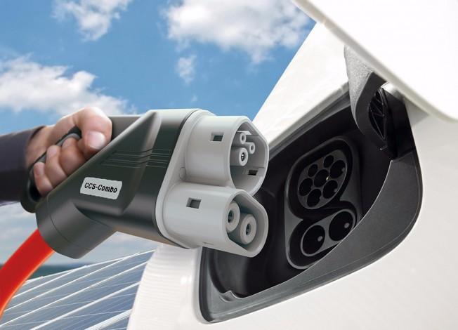 BMW, Daimler, Ford y el Grupo Volkswagen con Audi y Porsche construirán una red de carga ultrarrápida en Europa