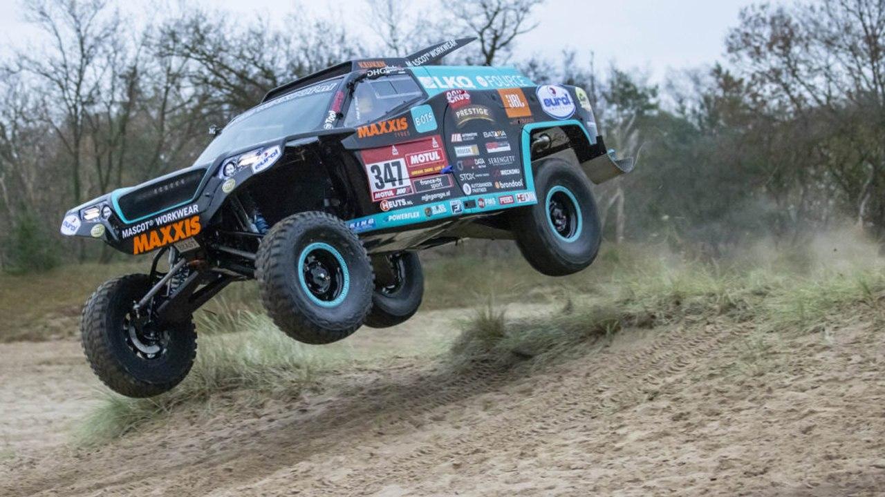 Los hermanos Coronel disputarán el Dakar 2021 con un mejorado 'Beast 4.0'