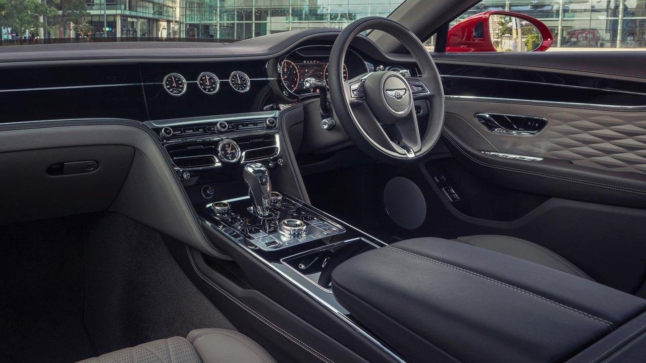 Bentley Flying Spur V8 2021 - interior