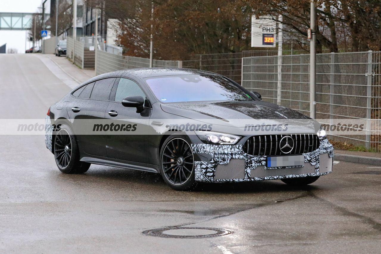 Foto espía Mercedes-AMG GT 73 e 4MATIC Berlina 2022 - exterior
