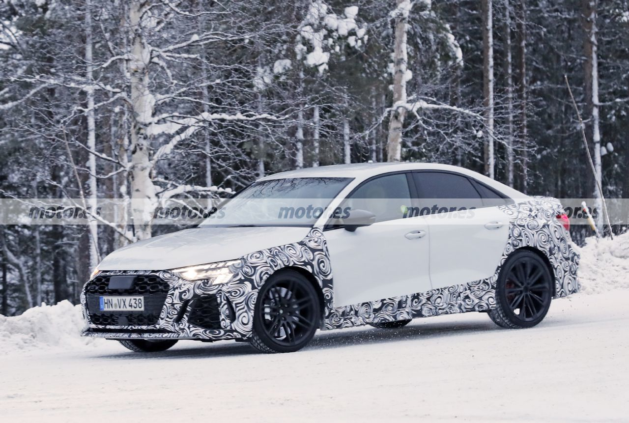 Fotos espía Audi RS 3 Sedán 2021 - Exterior