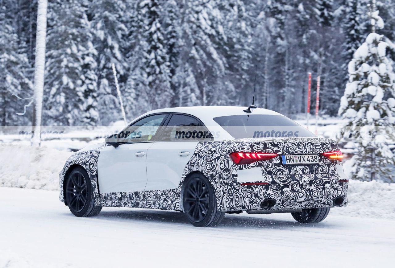 Foto espía Audi RS 3 Sedán 2021 - exterior