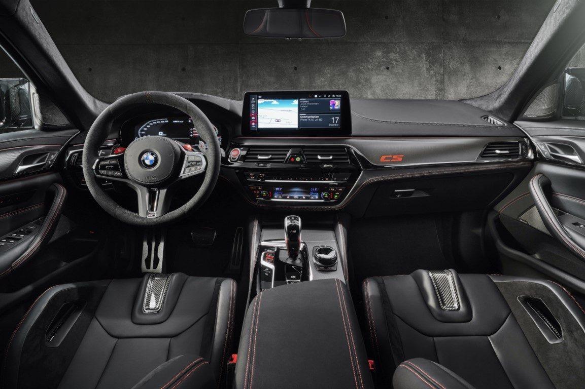 Foto BMW M5 CS 2021 - interior