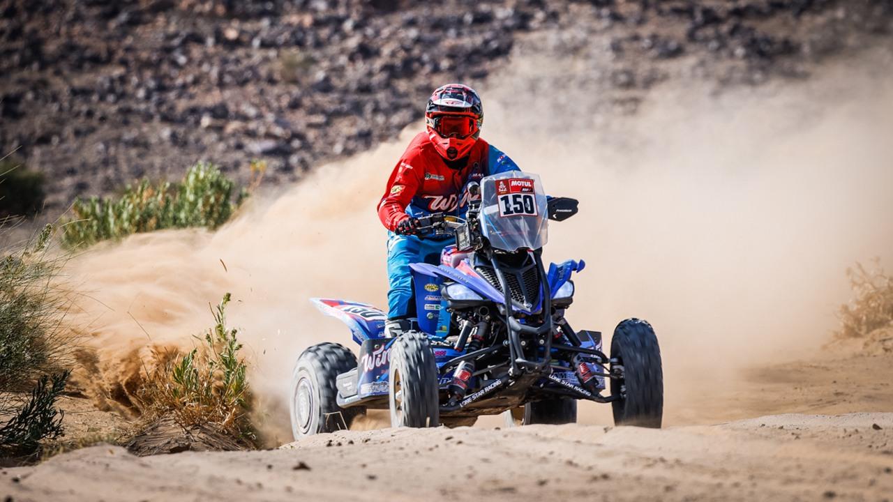 Kevin Benavides conquista la quinta etapa del Dakar tras sufrir una caída