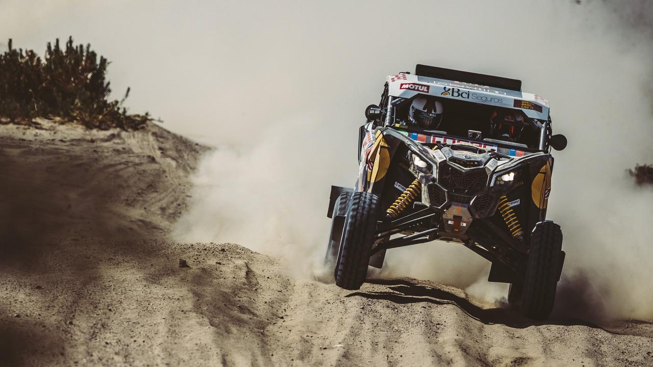 Nasser Al-Attiyah sale a por todas y conquista la segunda etapa del Dakar