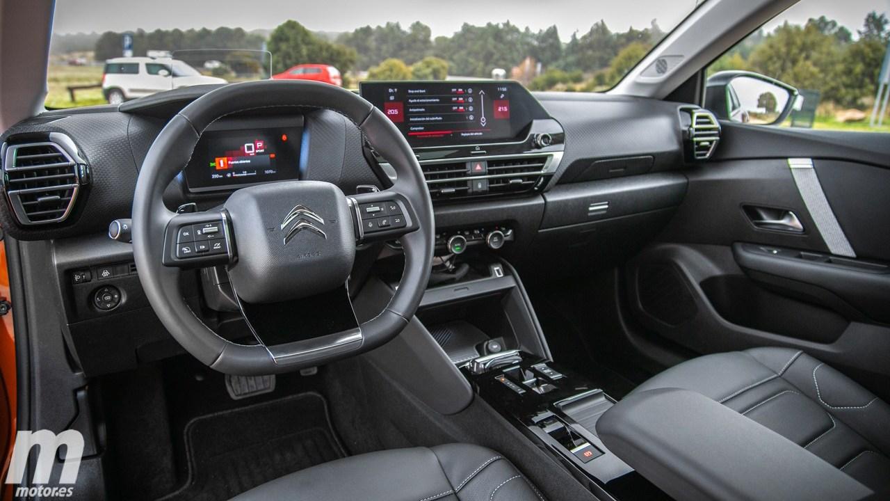 Citroën C4 - interior