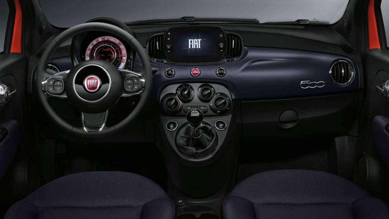 FIAT 500 2021 - interior