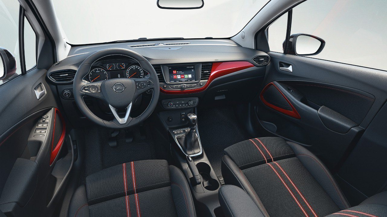 Opel Crossland 2021 - interior