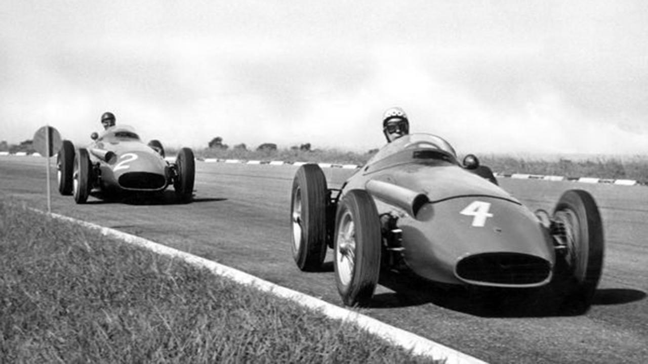 Gran Premio de Argentina de 1958: Behra delante de Fangio