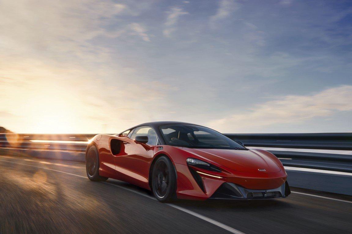 Foto McLaren Artura 2021 - exterior