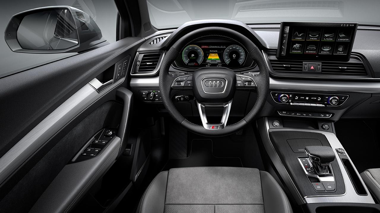 Audi Q5 TFSI e - interior