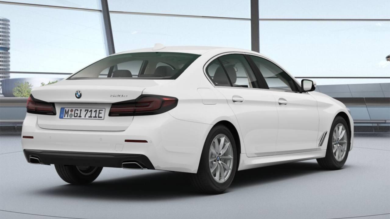 BMW 520e - posterior