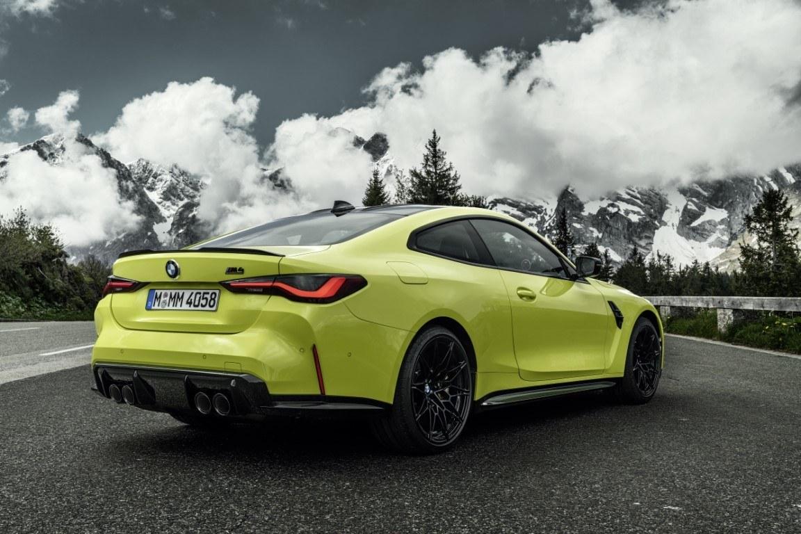 Foto BMW M4 Coupé 2021 - exterior