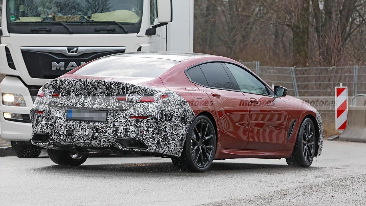 BMW Serie 8 Gran Coupé 2023 - foto espía posterior