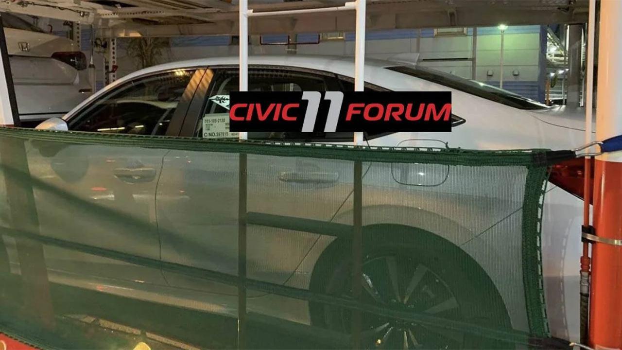 Honda Civic Sedán 2022 - foto espía