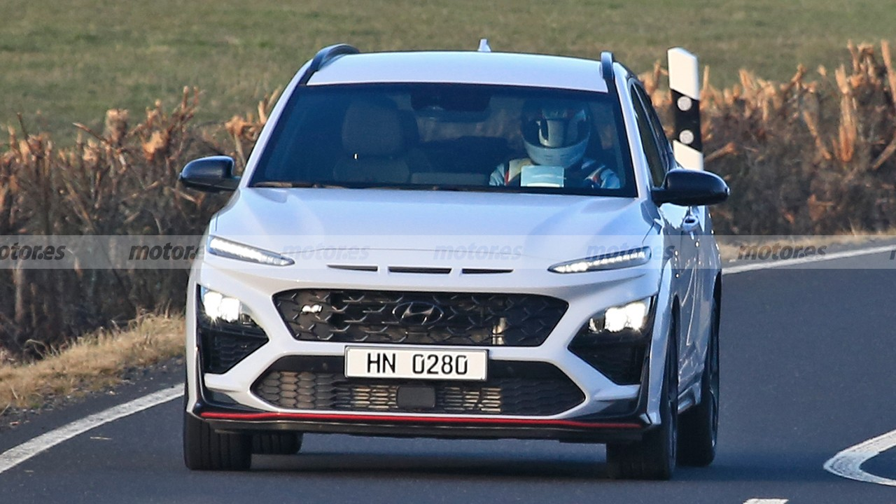Hyundai Kona N - foto espía frontal
