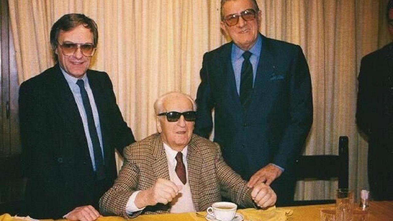 Bernie Ecclestone, Enzo Ferrari y Jean-Marie Balestre