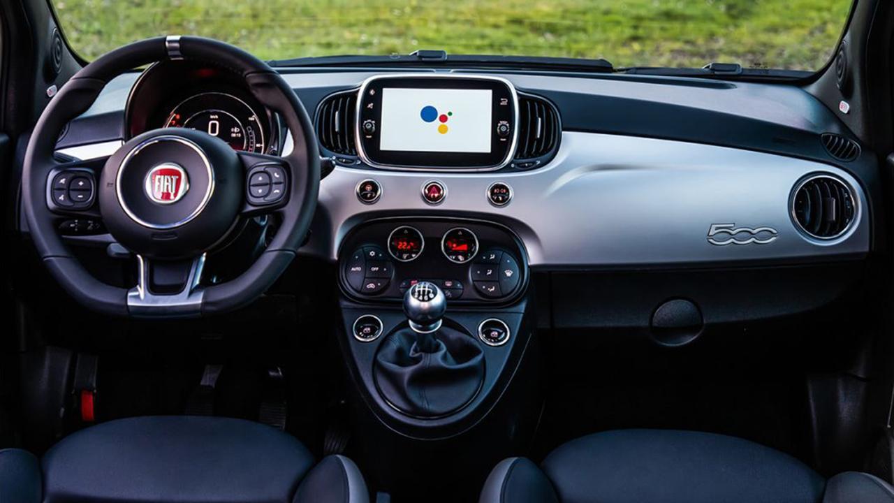FIAT 500 Hey Google - interior