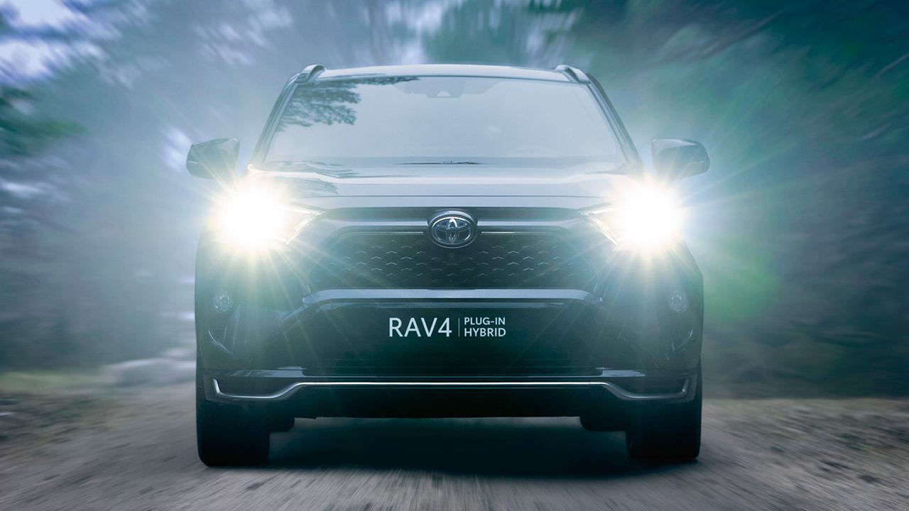 Toyota RAV4 Plug-in - frontal